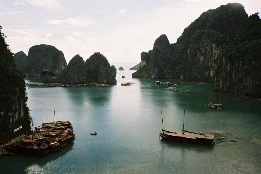 Tailândia e Vietnã - Baia de Halong